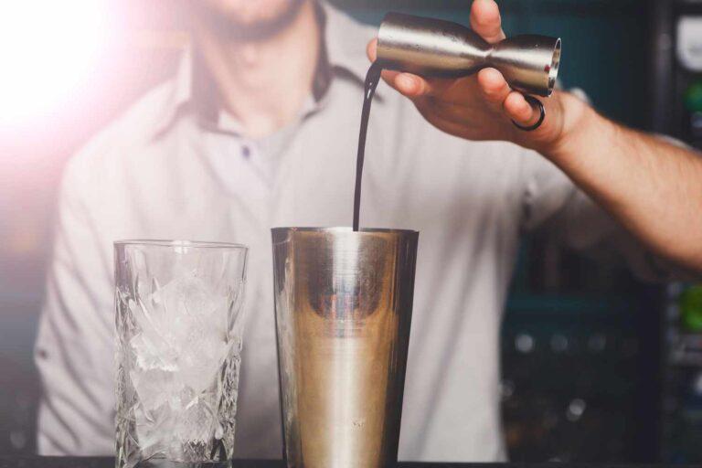 Αλκοόλ και αυτοάμυνα: επιδράσεις και κίνδυνοι